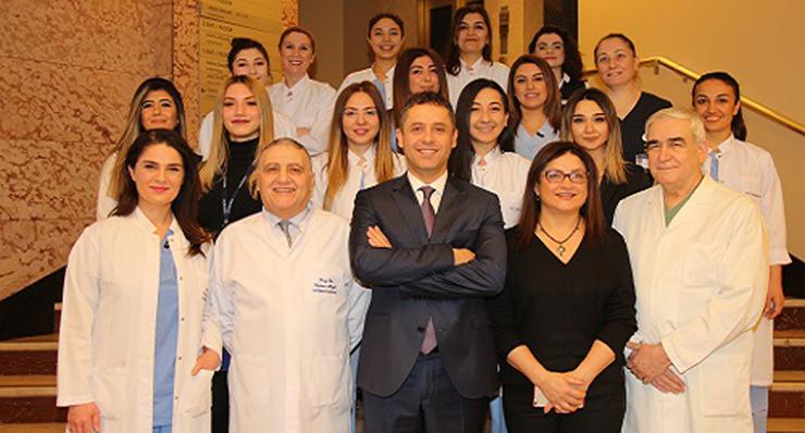 Prof. Dr. Murat Arslan et l'équipe de FIV